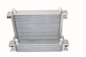 rp_oc_1.jpg Race.Fi 13-row oil cooler, an10
